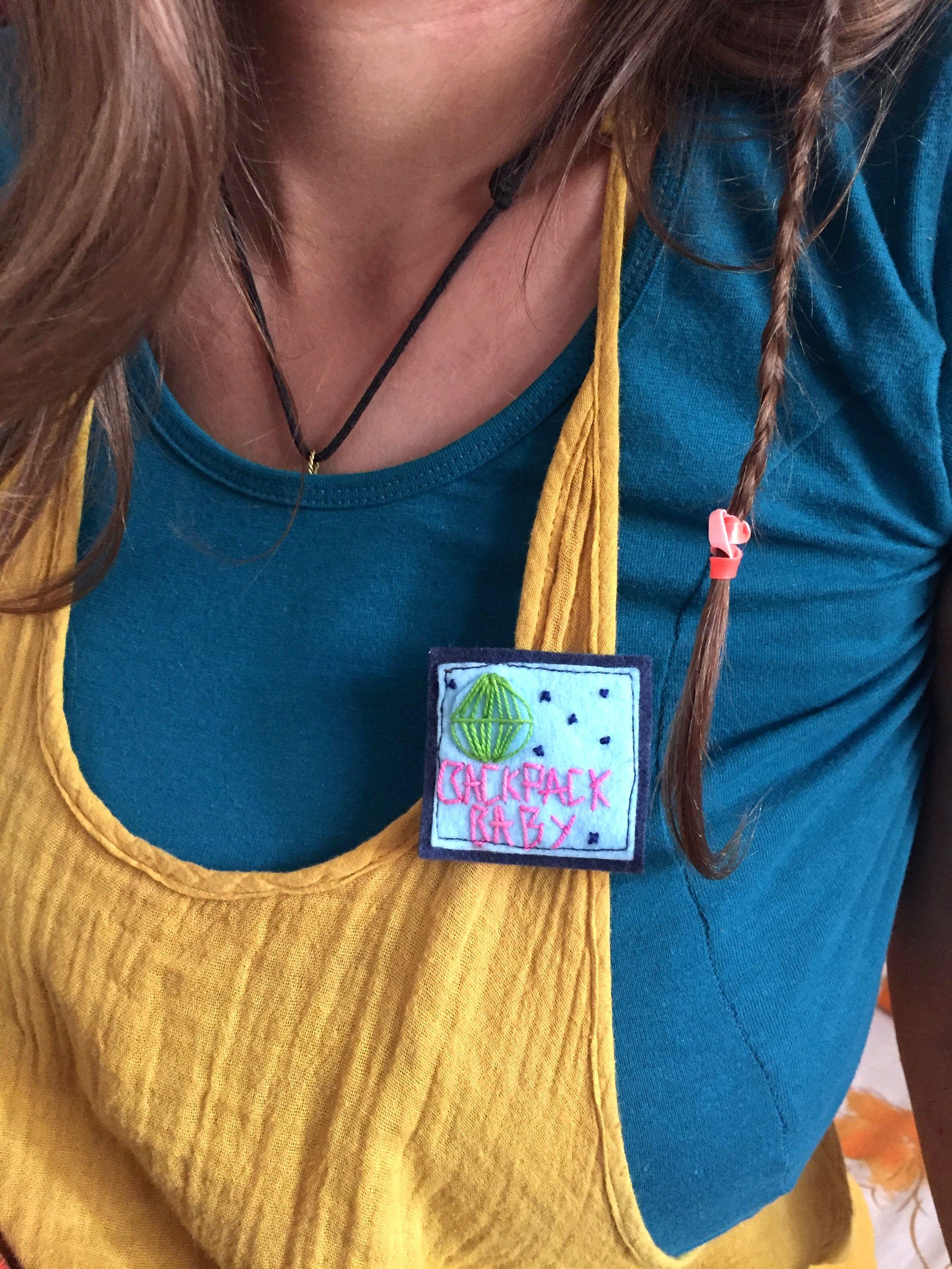 Alicia Nieto hat uns Anstecker für Backpack Baby gemacht. An diesem Wochenende in Bildern in Pushkar ist auch so manch anderer Wunsch in Erfüllung gegangen.