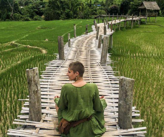 Mit unter 250 Euro im Monat pro Person in Thailand leben. Digitale Nomaden berichten.